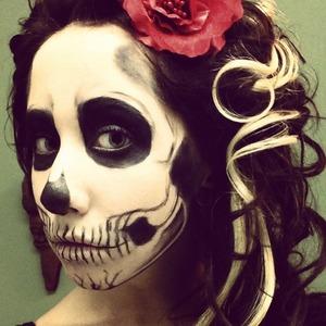Halloween make up. Took me a while to do.