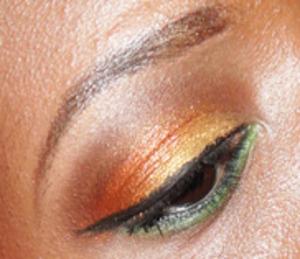 close up of spring look. Sleek Sunset palette!