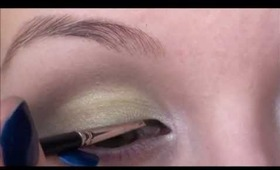 A bit more colourful eye look!