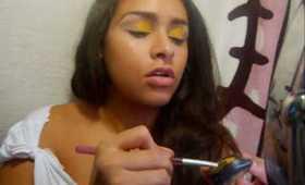 A Hawaiian Inspired Make up Theme