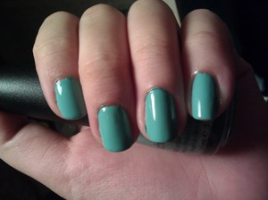 I always overlook the creme finishes because they don't stand out to me but oh gosh, I love this one. It's the perfect spring / summer nail polish and come on, almost everyone has heard of this nail polish! It's a beautiful Tiffany blue creme and the formula is easy to work with.