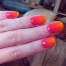 Neon orange & pink gradient