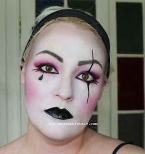 http://www.madamebfatale.com/2011/10/15/halloween-harlequin-practice-makeup/