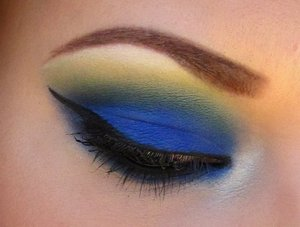 "Blue, green, and yellow using matte pigments from ""Calypso minerals"" But do NOT buy from them as they are taking people's money and not sending any products in return!"