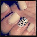 My new cheetah print nails <3