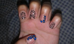 cheetah and zebra print nails