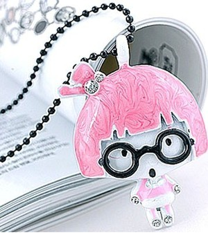 cute pink pendant necklace