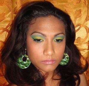 Citrus Pop http://chinadolltt.blogspot.com/2012/02/citrus-pop-carnival-inspired-look.html
