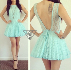 very adorable dress which can be found at the website store envey for 39 dollars