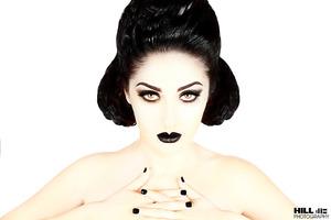Makeup: Bre Kali Photographer: William Hill Model: Simran Chadha Hair: Tracina Dilligard