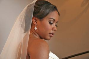 http://leadingladymakeup.com/2011/04/14/njambi-santa-barbaras-bridal-beauty/