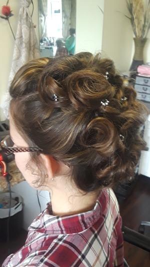 Bridal hair by Christy Farabaugh