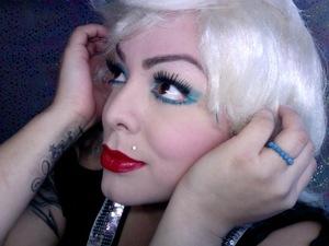 Gwen Stefani Makeup