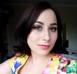 A neutral look with a pop of colour using the Naked Palette and an UD pencil, finished with Viva Glam Cyndi lipstick.