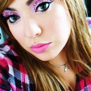 Pink 24 Hr And Reuseable Eye Makeup