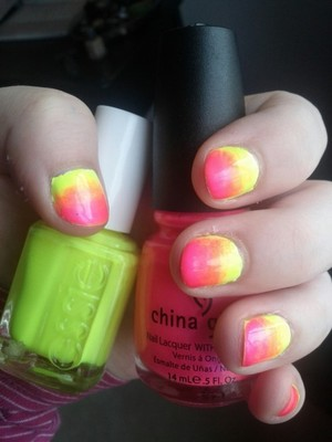 using pink voltage by china glaze and funky limelight by essie.