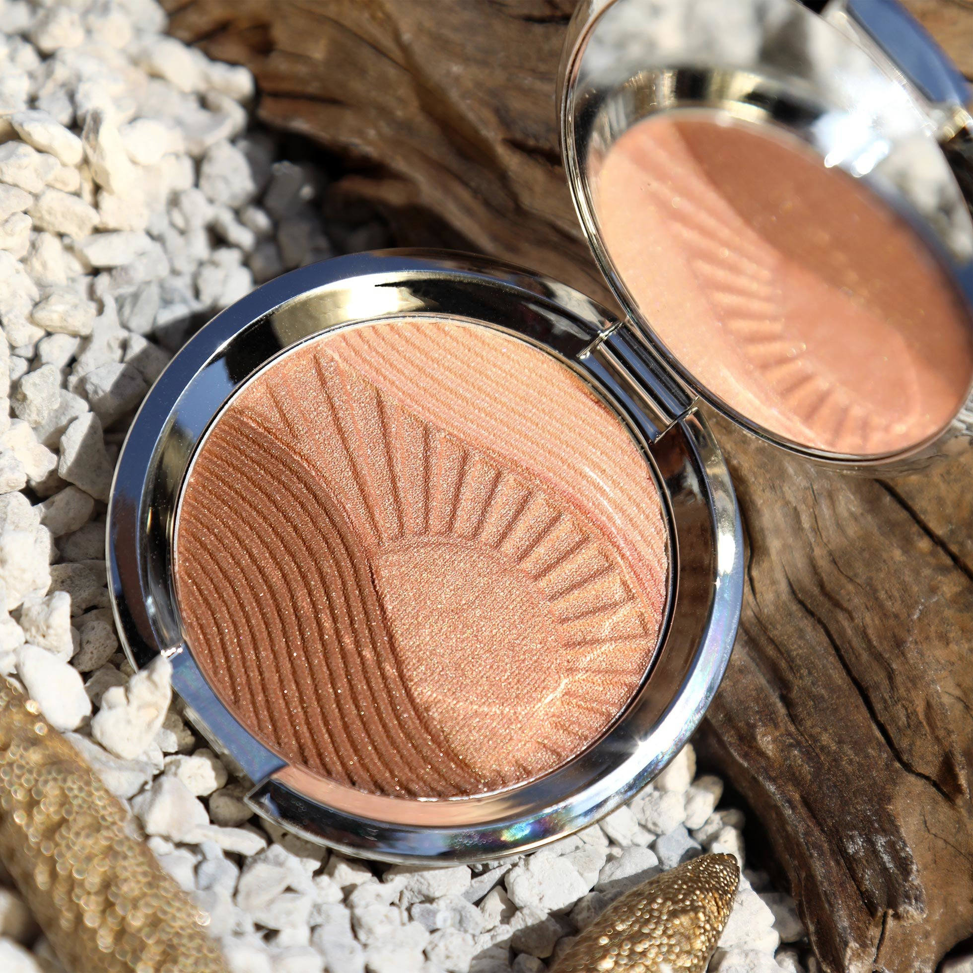 Endless Bronze & Glow Compact