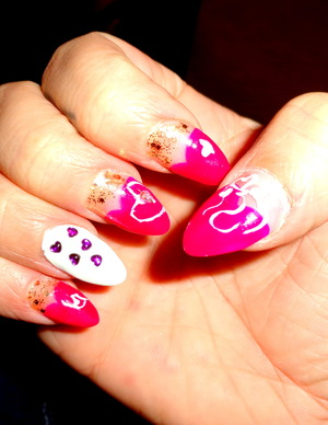 pink heart tips, stones and gold glitter is what love is made of