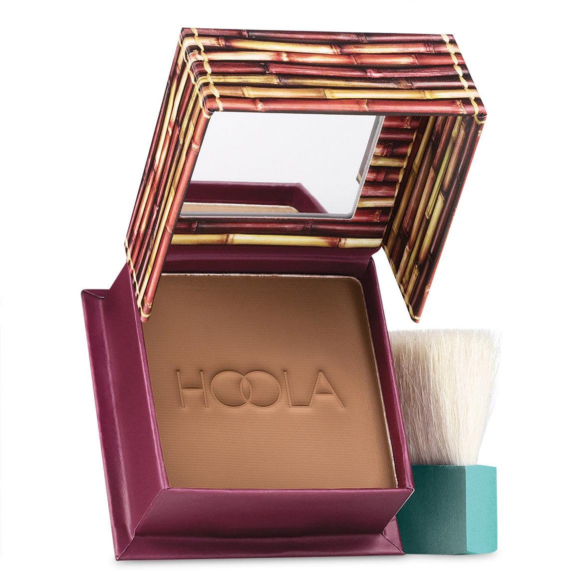 Benefit Cosmetics Hoola Matte Bronzer Original - Medium alternative view 1 - product swatch.