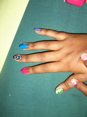 did my cousins nails on a camping trip :D