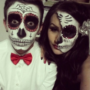 me & my boyfriend on Halloween! I did both of our makeup
