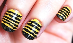 Cutest Bee Nails Tutorial: http://www.youtube.com/watch?v=v9kn8fvr7xw -I used: base coat, yellow, nail art pen, black sparkly color, top coat. For especific brands/names please watch my tutorial.