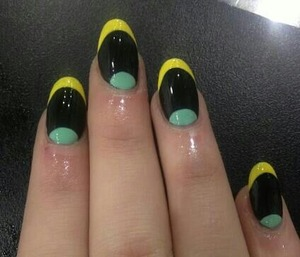black, green and yellow tips