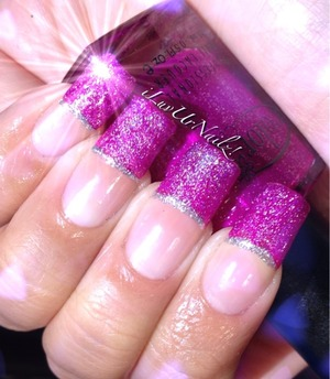 The colors used are Color Clubs Wink Wink Twinkle and Nicole Wink of Twink over it to create the semi holo effect looks more like a glitter in the pic