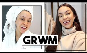 GRWM - WHATS IN MY TRAVEL MAKEUP BAG! - TrinaDuhra
