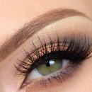 Gold soft smokey eye