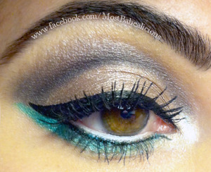 Urban Decay's Naked 2 palette. Using: foxy, suspect, verve. Sugarpill's Darling underneath & Lumi in the inner corner. And Babealicious Cosmetics in Do Cats Eat Bats in crease. ELF primer. Nyx liquid liner in black.