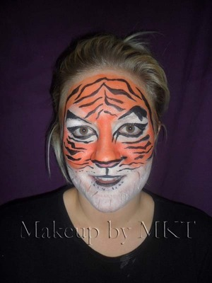 Face Painting Tiger Design