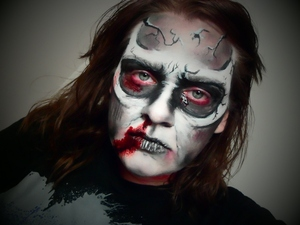 My 2nd makeup for my 2012 Halloween series.