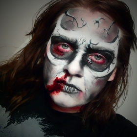 HALLOWEEN MAKEUP TUTORIALS 2012