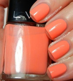 LVX nail color in Deco