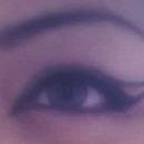 2010. Cleopatra Eyeliner / Scary Thin Eyebrow
