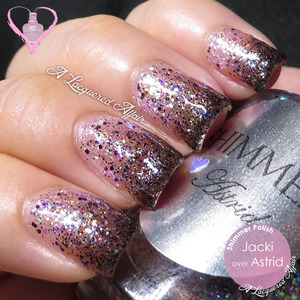 Glitter gradient, using Shimmer Polish Jacki over Astrid. More swatches and review of the 2 polishes on http://www.alacqueredaffair.com/Shimmer-Polish-Astrid-Jacki-31517338