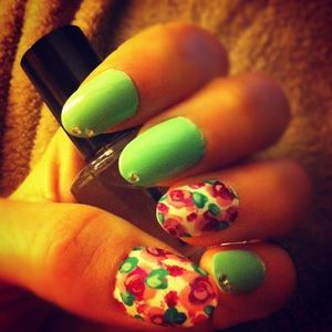 Instagram pic of my floral nail design! Hope everyone likes! :)