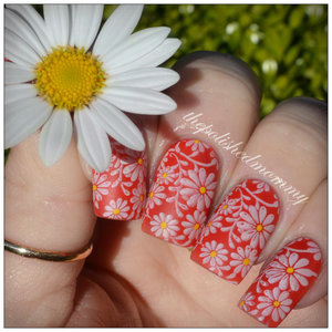 http://www.thepolishedmommy.com/2014/04/spring-daisies.html