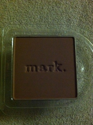 i-mark eyeshadow in espresso. This one is matte. You can also use this one to fill in your eyebrows