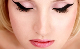 Which Eye Liner Brush Is Right for You?