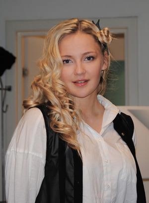 More about the makeup: http://www.makeupinsider.net/2012/06/makeup-insider-touch-torvbyen-sty-women.html