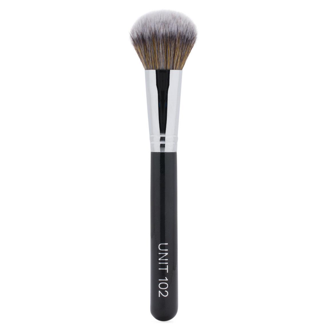 UNITS UNIT 102 Foundation Brush product swatch.