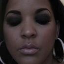 Glam Smokey Eyes