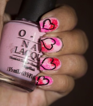 Find more details here: http://www.bellezzabee.com/2013/08/pink-hearts-nail-art.html