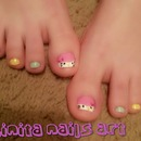 Hello kitty toes!