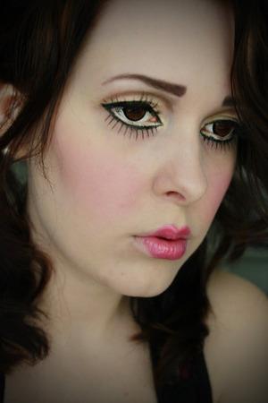 Doll MakeUp  ♥