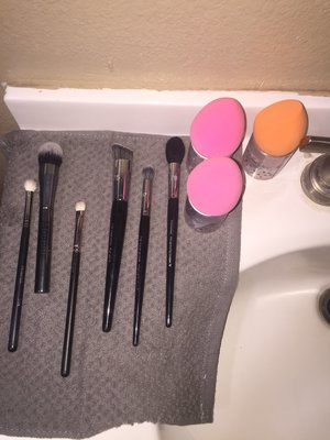 The accomplished feeling you get when your fav brushes are nice and clean!
