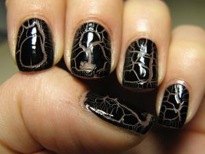 Nail polish 'croc effect' by BarryM: love it!