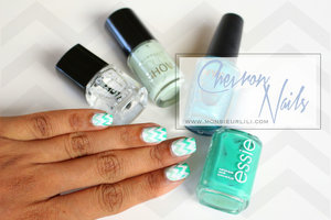 More on my site !  http://www.monsieurlili.com/#!chevron-nails/c191i Hope you'll enjoy it !